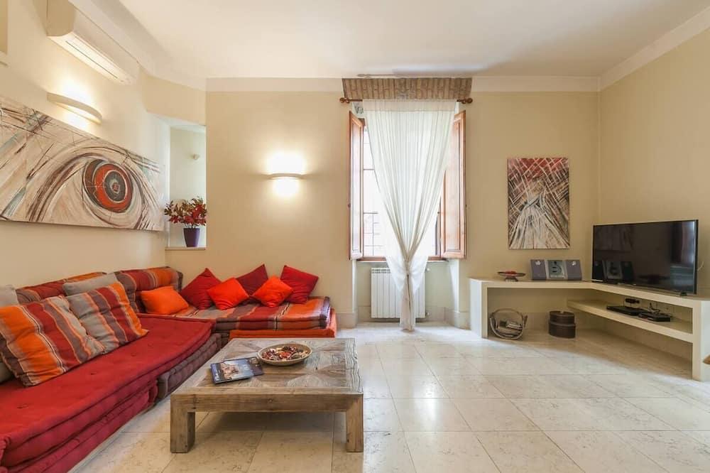 Apartment, 2 Bedrooms (Chiara's Cove) - Ruang Tamu