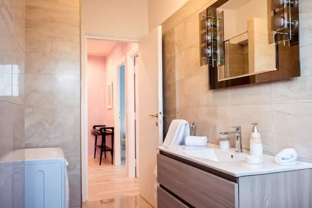 Apartamentai, 3 miegamieji (Viale Agosta) - Vonios kambarys
