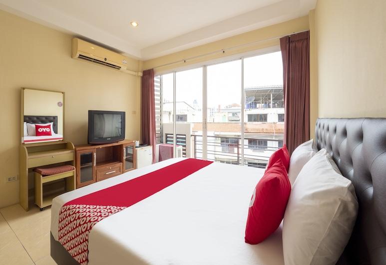 OYO 75350 ホール イン ワン バー ホテル, パタヤ, スイート 1 ベッドルーム, 部屋