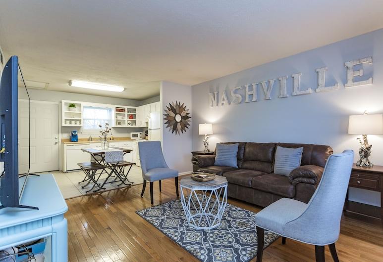 Nashville Chic   10min from downtown!, Нэшвилл, Зона гостиной