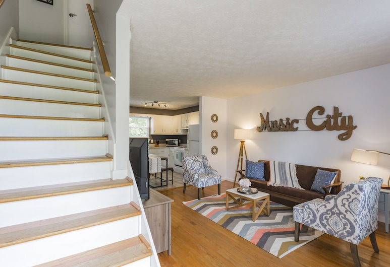 Take a Jog in Nearby Shelby Park at a Bright, Cozy Home, ناشفيل, سلم