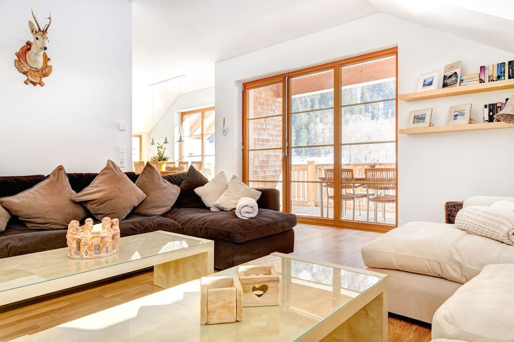 Apartment Penthouse, Mountain View (incl. Cleaning Fee, City Tax & Laundry Package) - Coin séjour