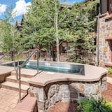 Condo, Multiple Beds (90 Carriage Way) - Pool