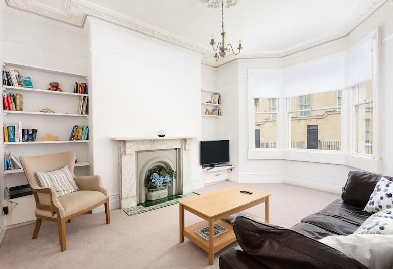 Bright Central Apartment, Bath