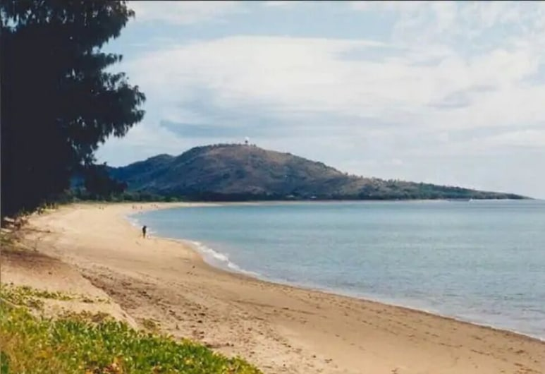 Stay in Clean Environment FREE wifi POOL, ويست إند, الشاطئ