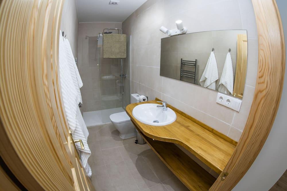 Lägenhet Classic - eget badrum - utsikt mot parken (4 personas) - Badrum