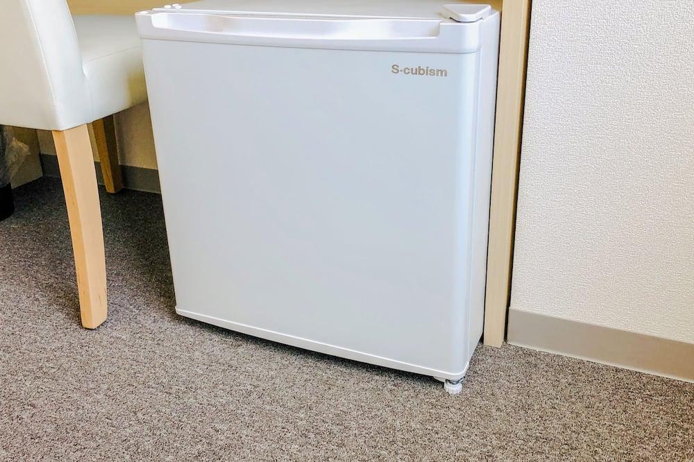 セミダブルルーム - 小型冷蔵庫