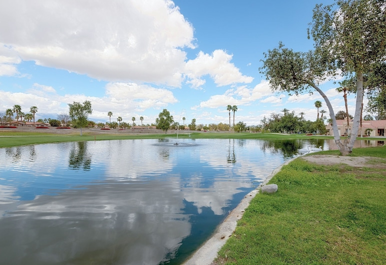 Country Club Townhome With Pool, Hot Tub & Tennis 2 Bedroom Townhouse, Palm Desert, Casa de ciudad, 2 habitaciones, Alberca