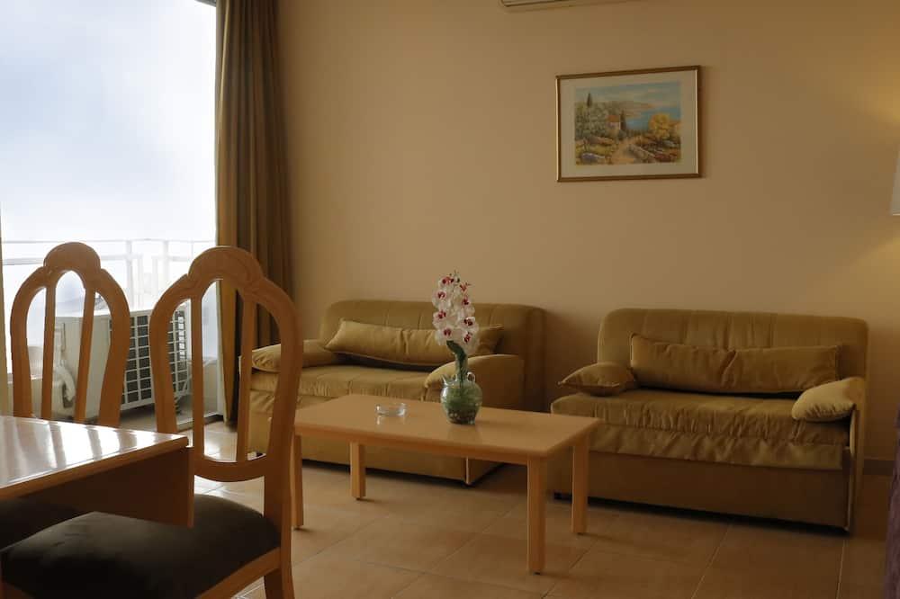 Kamar Single Standar, 1 Tempat Tidur King, pemandangan laut - Ruang Keluarga