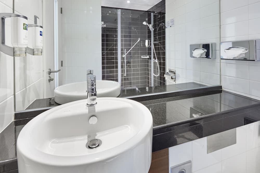 Standard Room, Non Smoking - Bilik mandi