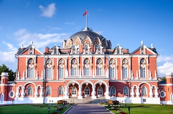 Picture of Petroff Palace in Moscow