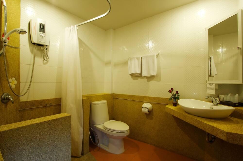 Kamar Standar - Kamar mandi