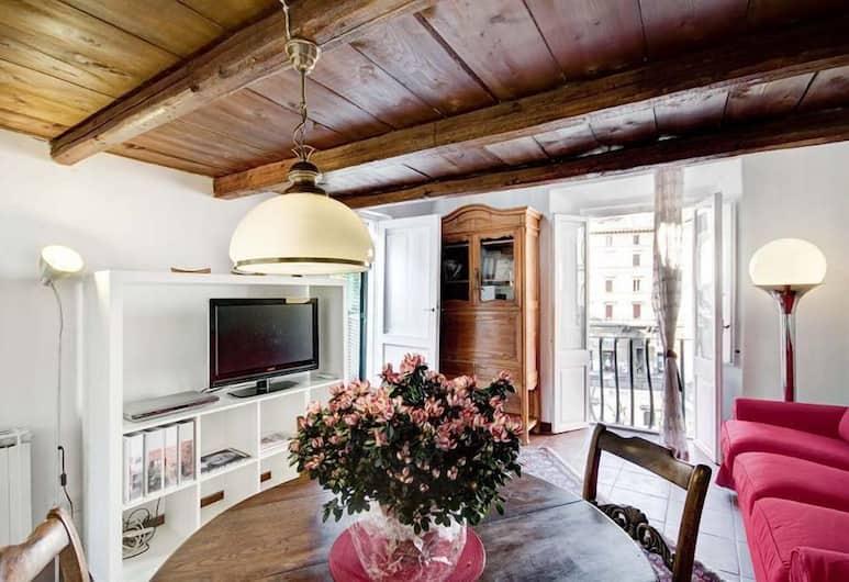 Terrace Cancelleria, Rome, Living Area