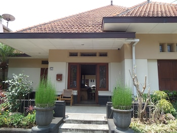 Picture of Merbabu Guest House in Malang