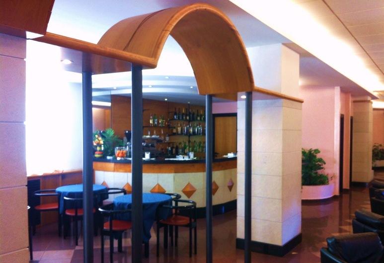 梅蘭達酒店, 斯佩扎諾德拉西拉, 酒店酒吧