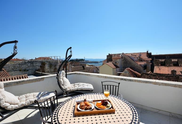 Heritage Jupiter Luxury Hotel, Split, Deluxe Tek Büyük Yataklı Oda, Deniz Manzaralı, Teras/Veranda