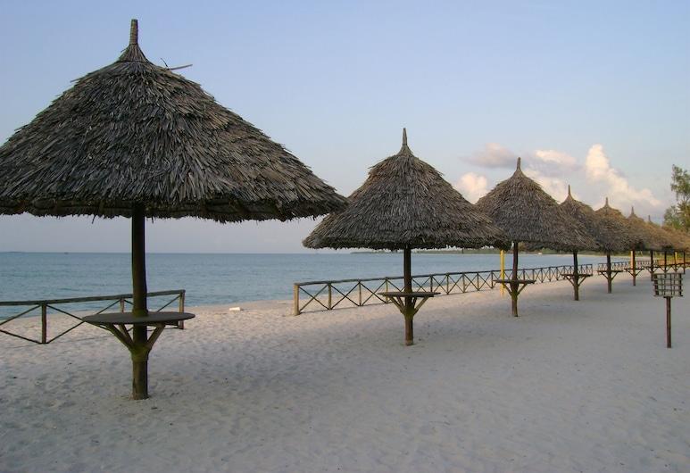 Hotel South Beach Resort, Dar es Salaam, Beach