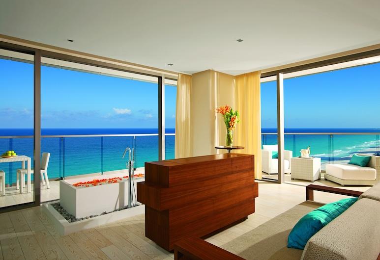 Secrets The Vine Cancun, Cancun, Preferred Club Honeymoon Suite Ocean Front, Beach/Ocean View