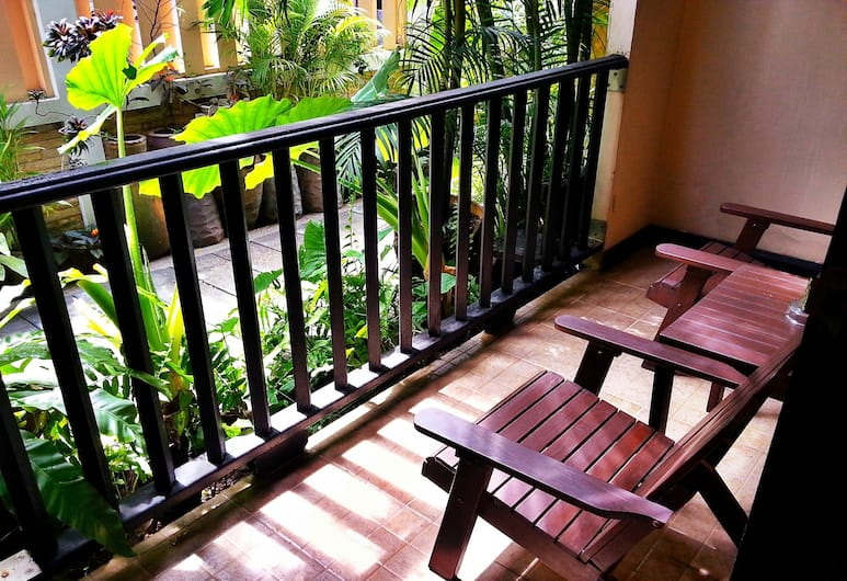 Andaman House, Patong, Twin Room, Balcony
