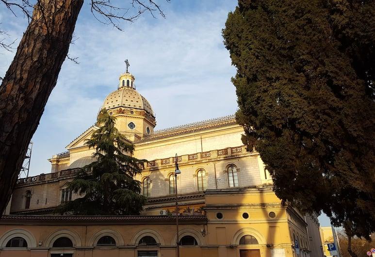 Domus Quiritum, רומא, אזור חיצוני