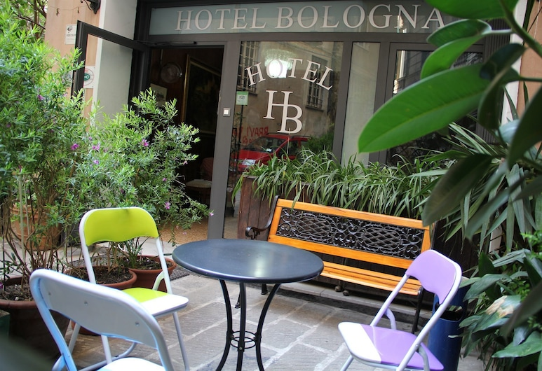 Hotel Bologna, Genova