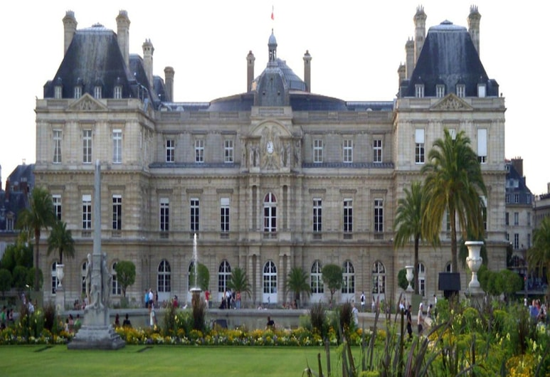 聖皮埃爾酒店, 巴黎, 外觀