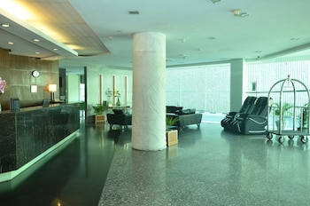 15 Closest Hotels To Putra World Trade Centre In Pekeliling Hotels Com