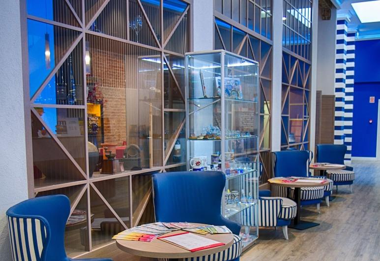 Estilo Fashion Hotel, Budapest, Sitteområde i lobbyen