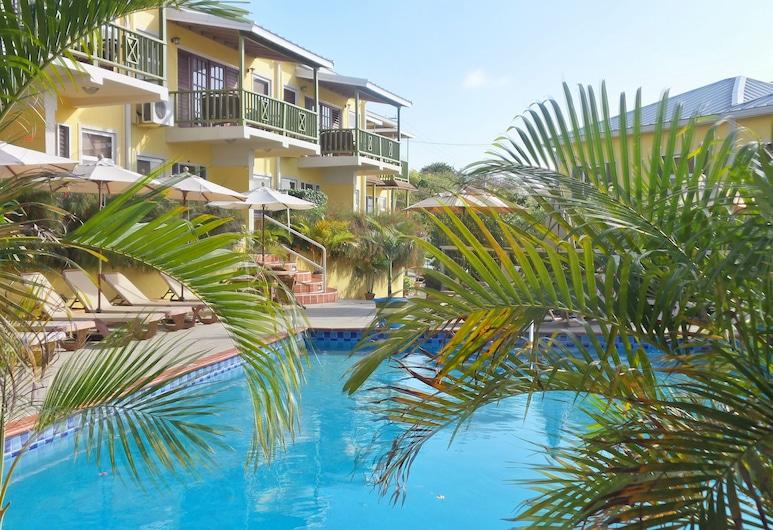 Grooms Beach Villa & Resort, St. George's, Kolam Renang