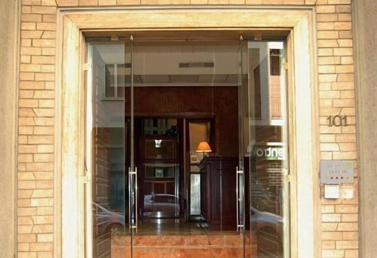 Hotel Astor, Florencia, Vchod do hotela