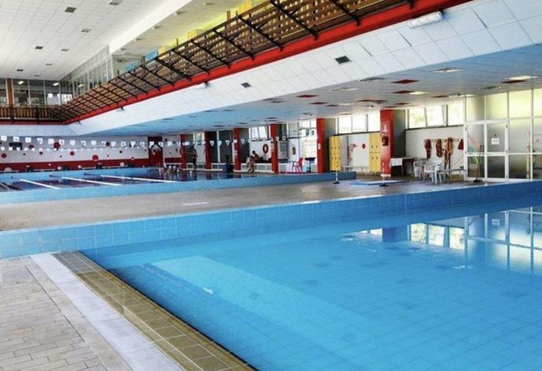 Aprica, Aprica, Pool
