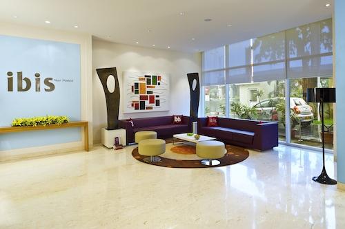 新孟買宜必思酒店/