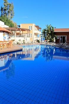 Chania — zdjęcie hotelu Porto Kalamaki Hotel