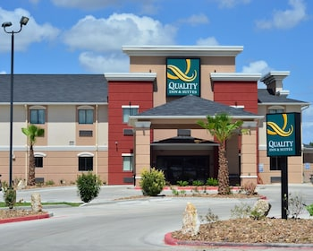Picture Of Quality Inn Suites Kenedy Karnes City In