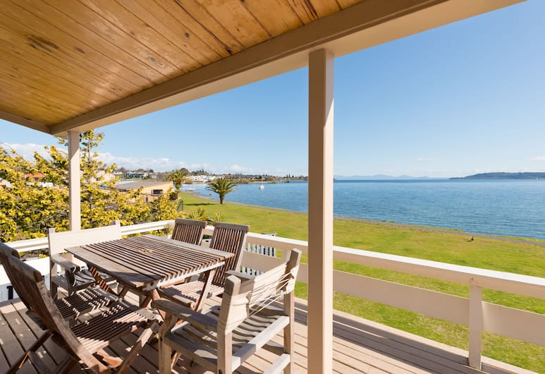 Oasis Beach Resort, Taupo, House, 3 Bedrooms, Lakeside, Terrace/Patio