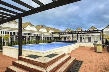 Picture of Lake Rotorua Hotel in Rotorua