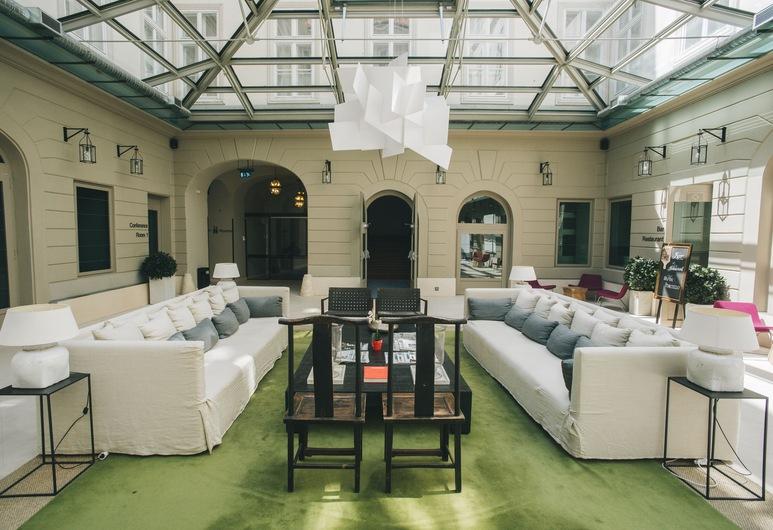 Hotel Zenit Budapest Palace, Budapest, Lobby Sitting Area