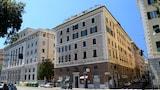 Selline näeb välja Hotel Fiume, Genova