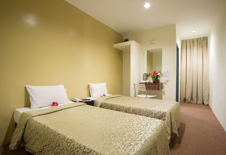 Grand Inn, George Town, Standard Twin Room, 2 Twin Beds, Guest Room