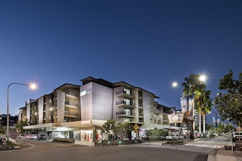 תמונה של Grand Hotel and Apartments Townsville בטאונסוויל