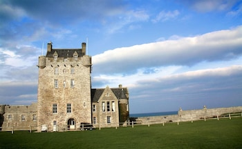 Picture of Ackergill Tower in Wick
