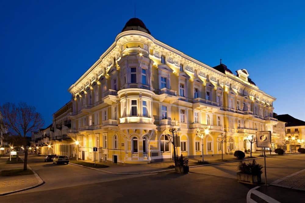 Spa Hotel Savoy