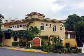 תמונה של Hotel Villa Florencia Zona Rosa בסן סלבדור