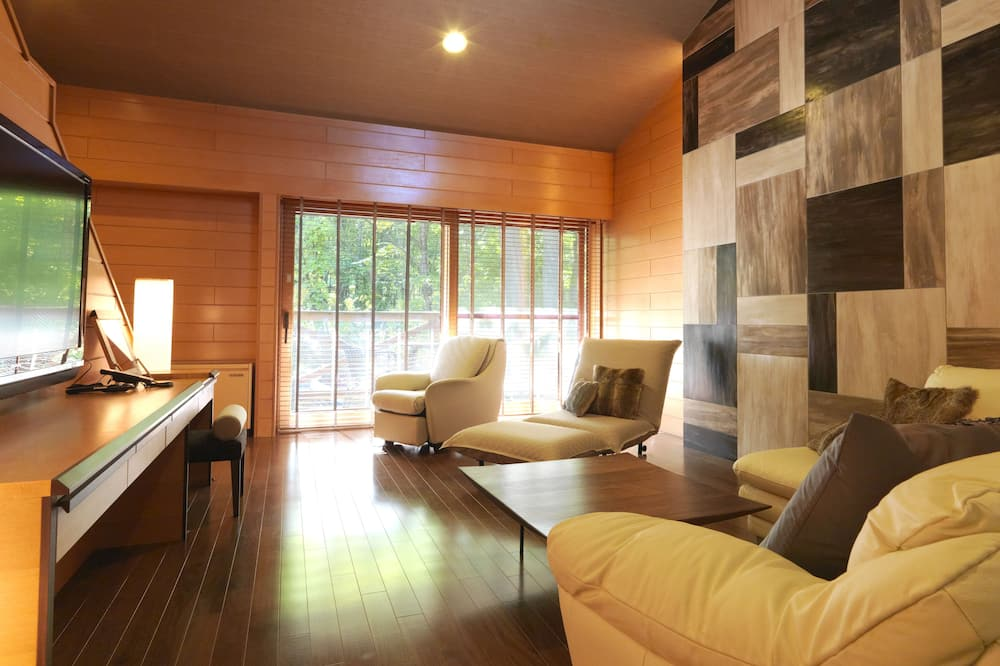Cottage, 2 Twin Beds, Non Smoking (with private hot spring) - Living Area