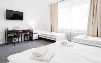Fotografia hotela (Pension Petit) v meste Bratislava