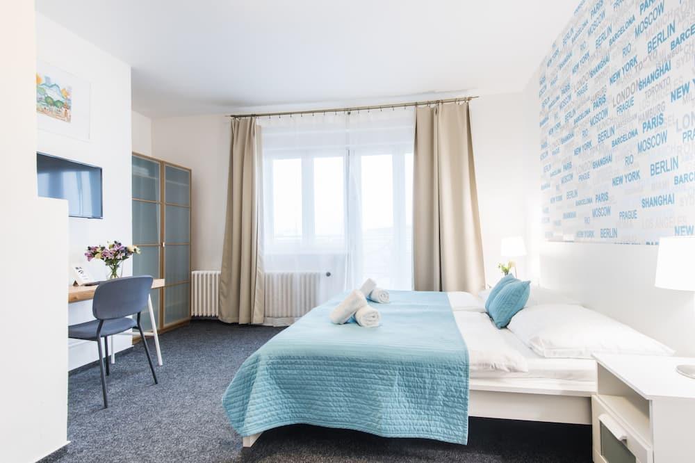 Deluxe - kahden hengen huone, 1 makuuhuone, Patio, Kaupunkinäköala - Pääkuva