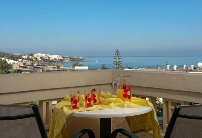 Villiana Holiday Apartments, Hersonissos, Family Apartment, 1 Bedroom, Sea View (4 persons), Terrace/Patio