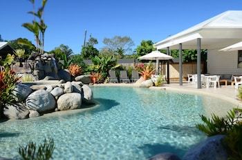 Picture of Mossman Motel Holiday Villas in Mossman