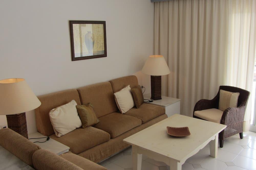 Stüdyo Süit, 1 Çift Kişilik Yatak - Oturma Alanı