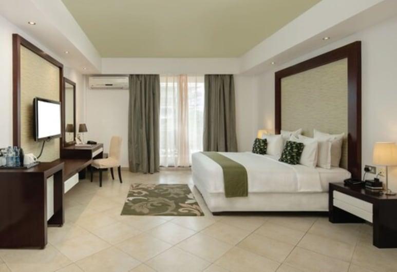 Peninsula Hotel Dar es Salaam, Dar es Salaam, Deluxe King Room, Guest Room